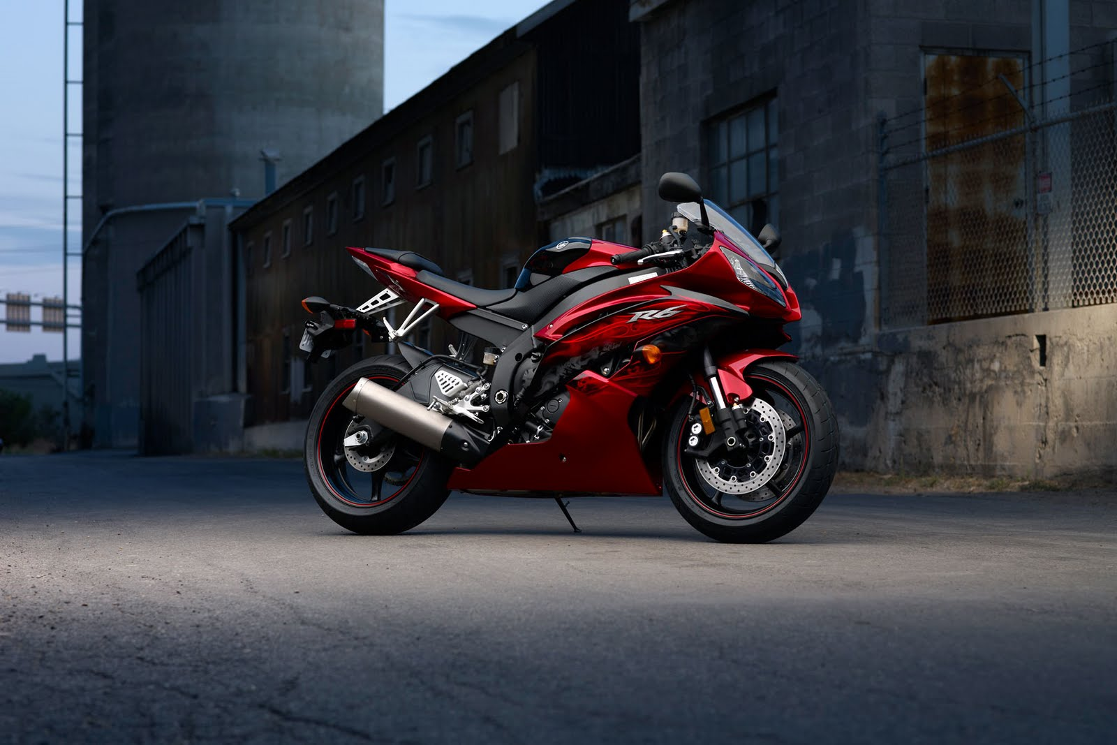 AUTOMOTIVE WALLPAPER Yamaha YZF R6 Wallpaper 1600x1067