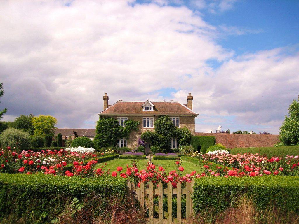 images english countryside wallpaper english countryside wallpaper 1024x768