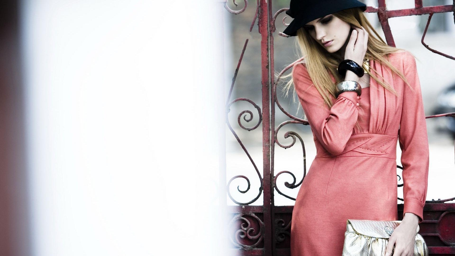 Vogue Wallpaper - WallpaperSafari