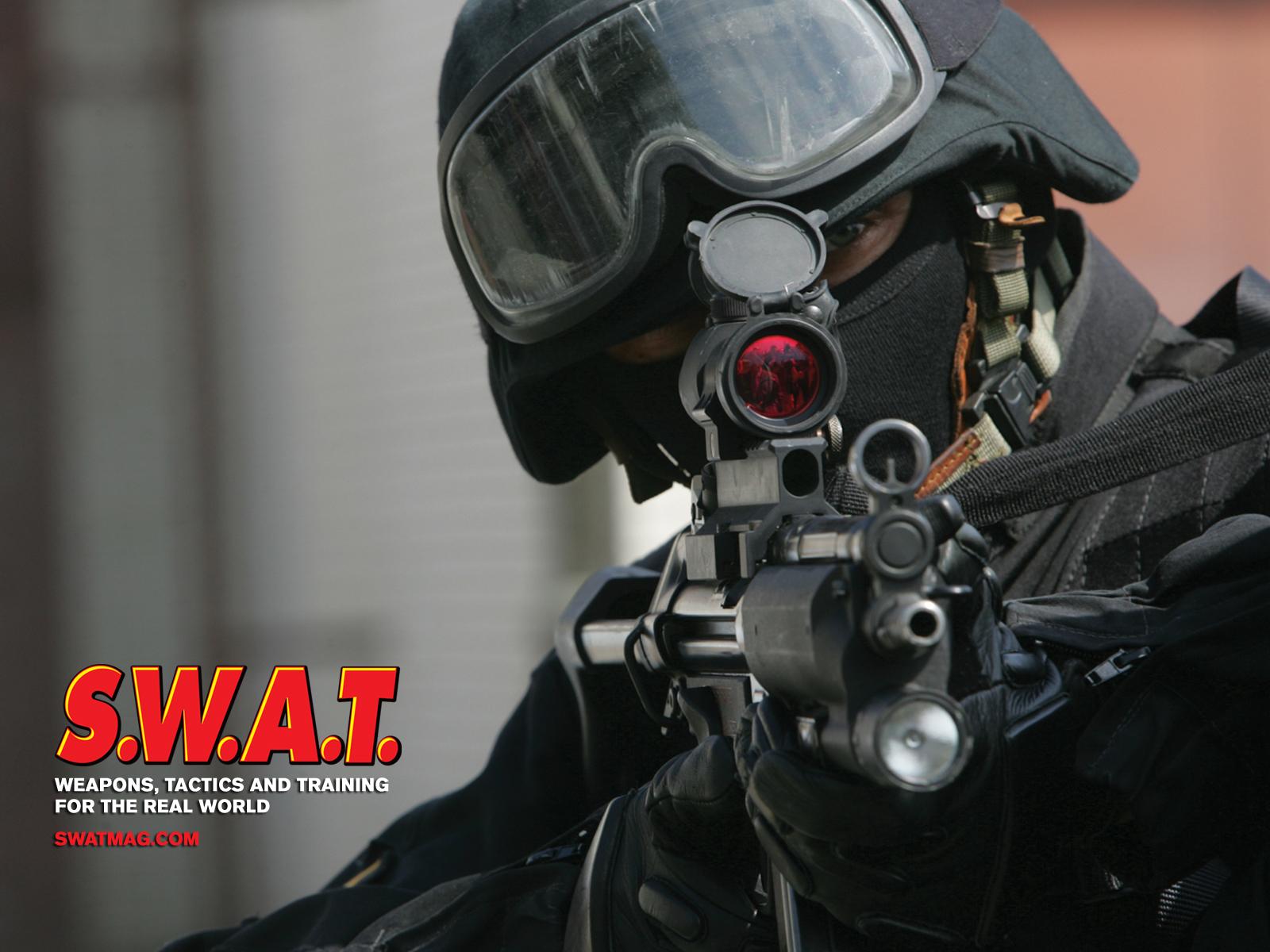 SWAT Wallpaper 1600x1200 SWAT 1600x1200