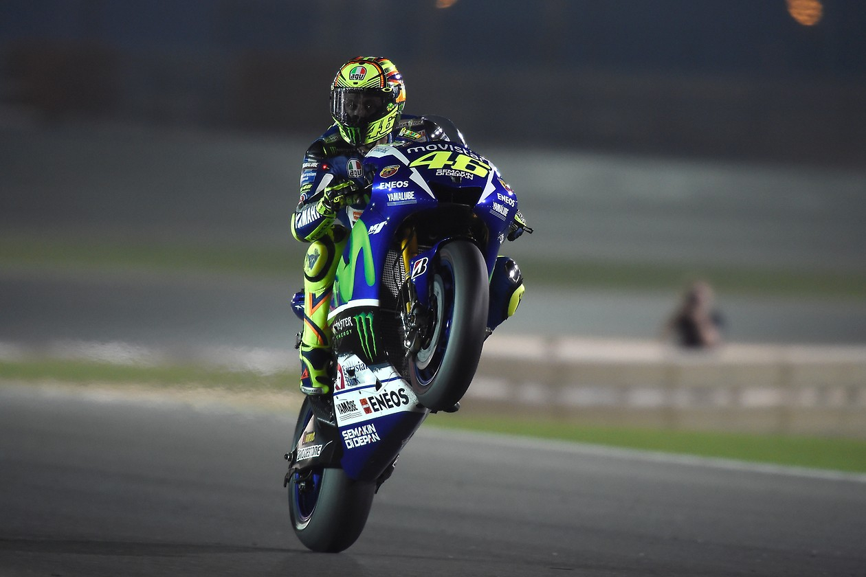 Wallpaper iphone valentino rossi - Movistar Yamaha Yzr M1 Motogp 2015 Wallpaper Kfzoom