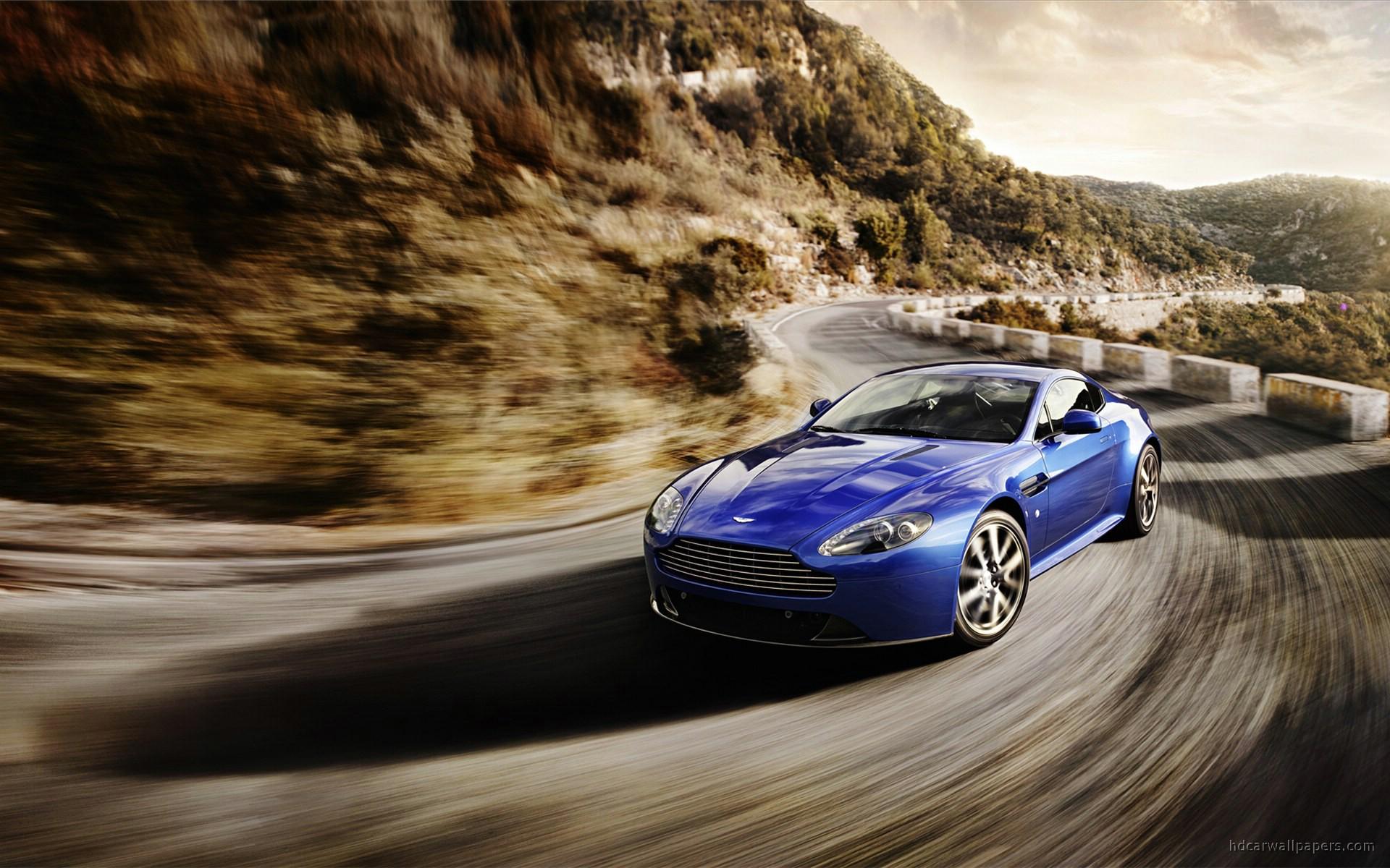 37 Aston Martin V8 Vantage Wallpapers On Wallpapersafari