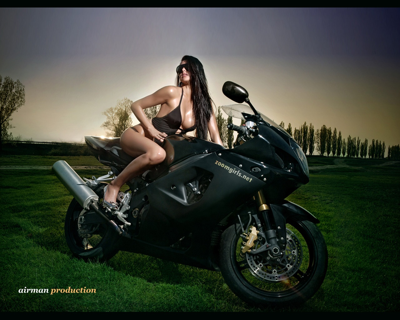 Sexy bike rider wallpaper 1280x1024 nude sexy hd and wide wallpapers 1280x1024