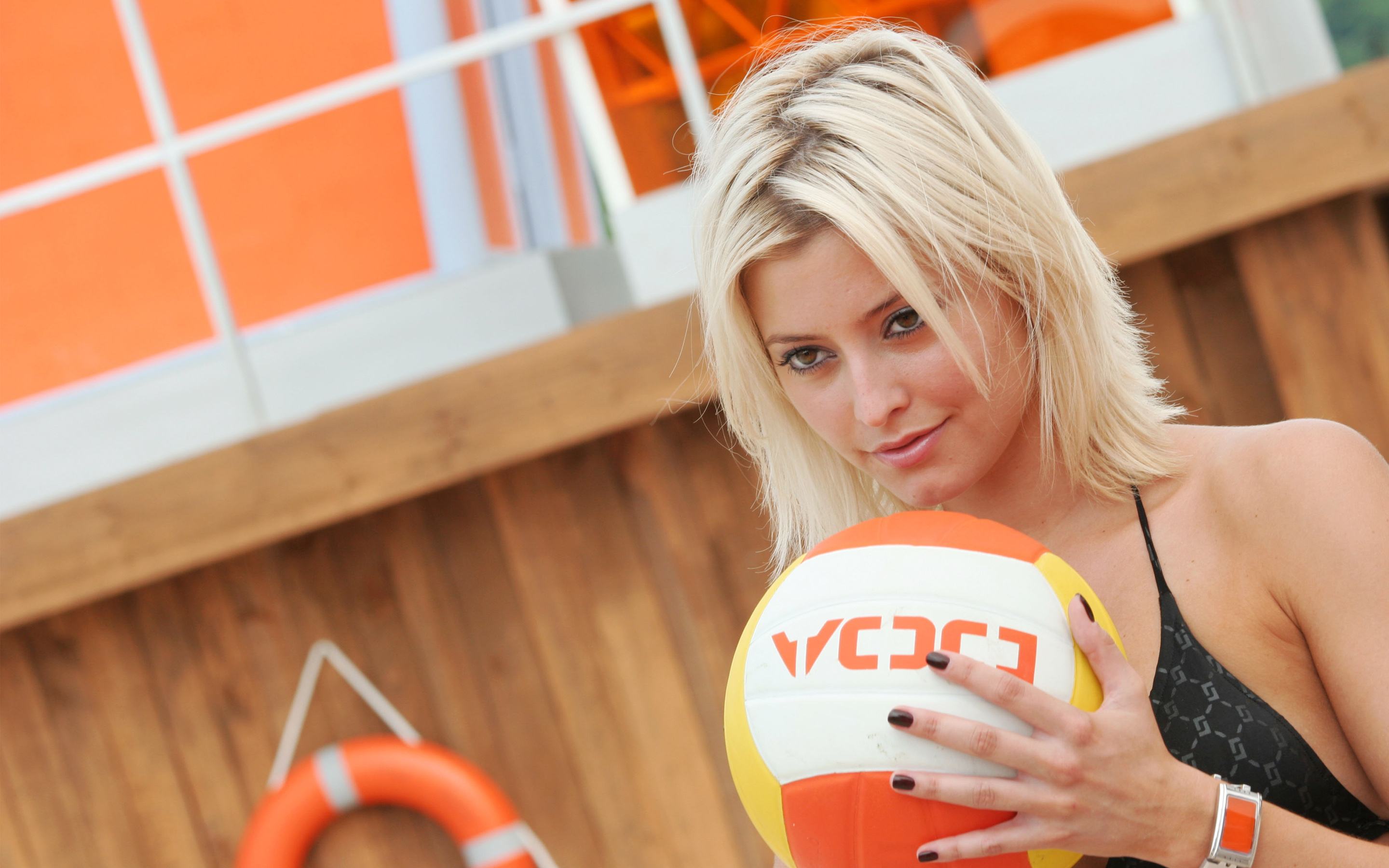 Holly Valance in Dead or Alive Movie Wallpaper Vollyball 2880x1800