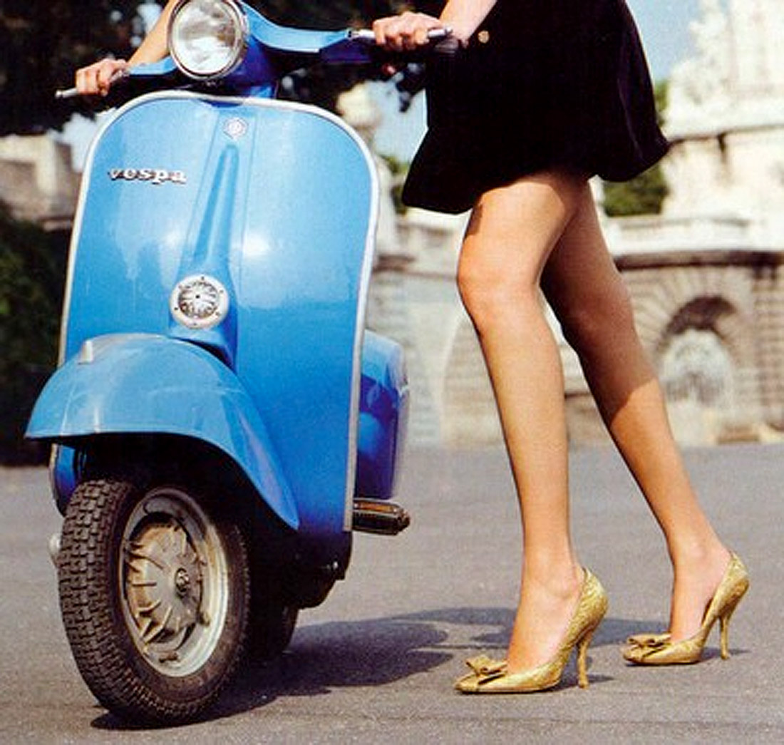 vintage vespa girls Car Pictures 1100x1045