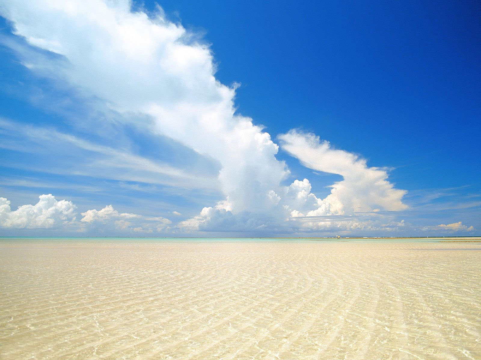 природа море горизонт небо облака пляж берег отдых nature sea horizon the sky clouds beach shore rest  № 821543 без смс
