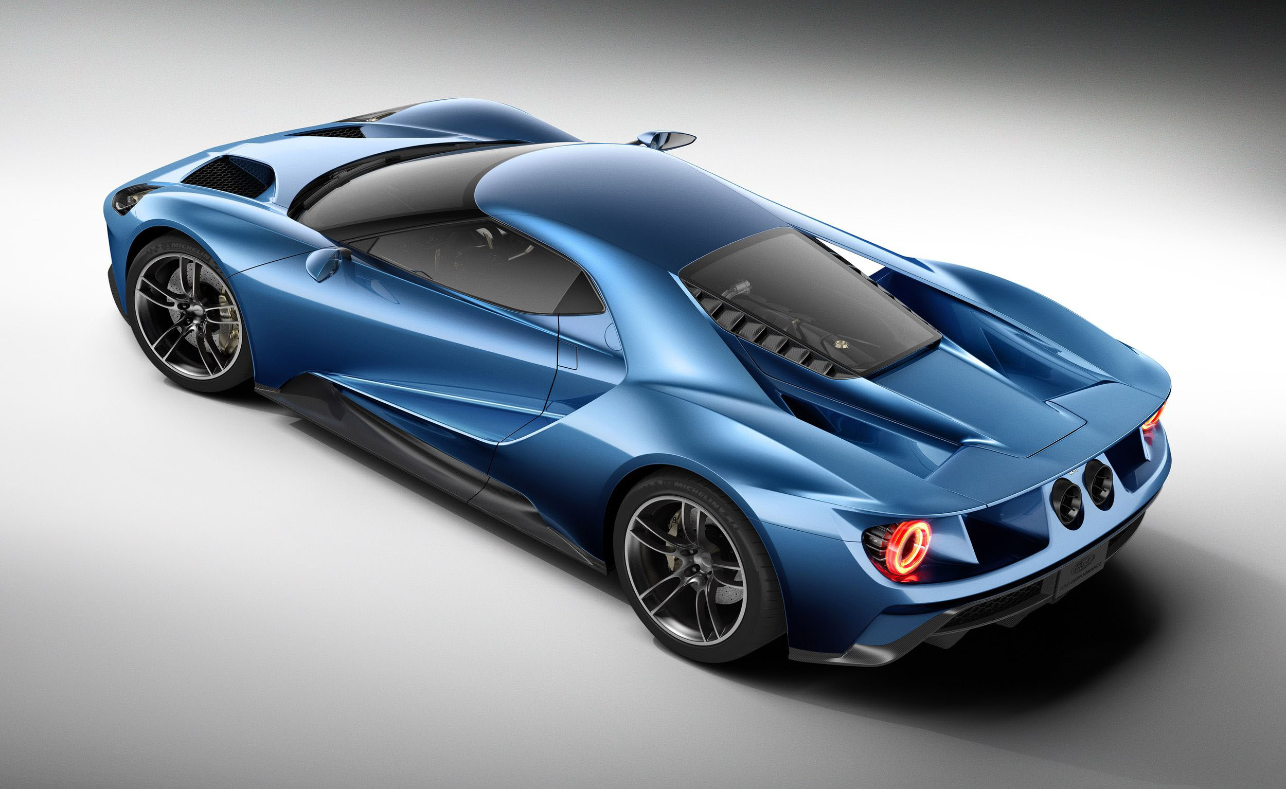 The all new carbon fiber Ford GT 2016 picture supercar will feature a 2500x1534