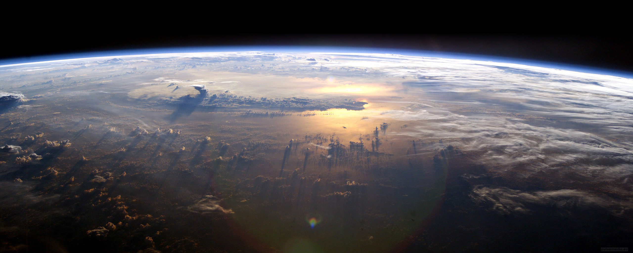 Dual Screen Wallpaper   Earth From Space 2560x1024 Dual Screen 2560x1024