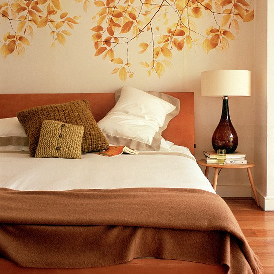 Bedroom with feature wallpaper Bedroom furniture Decorating ideas 550x550