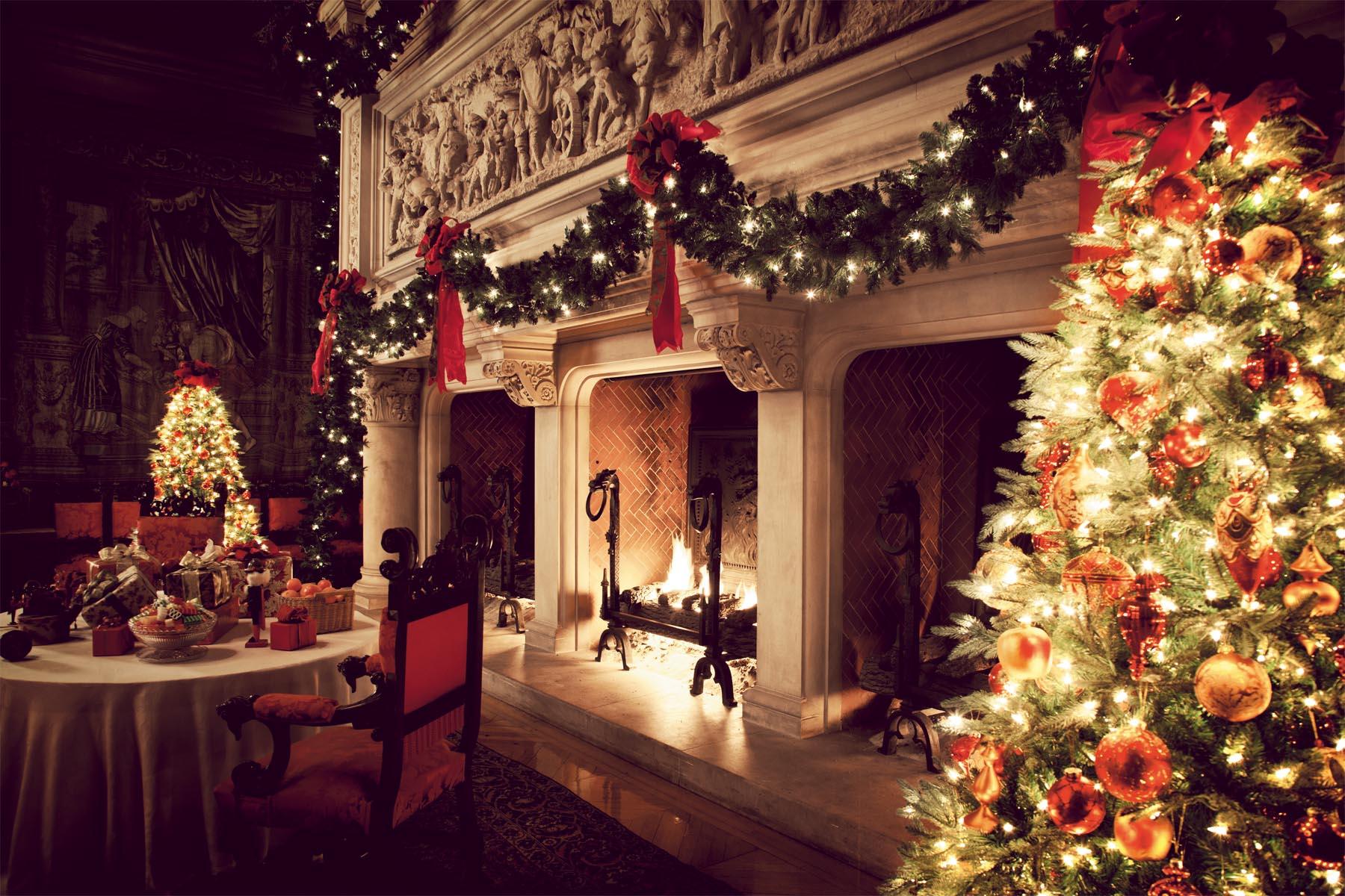 Christmas Fireplace Background Images amp Pictures   Becuo 1800x1200