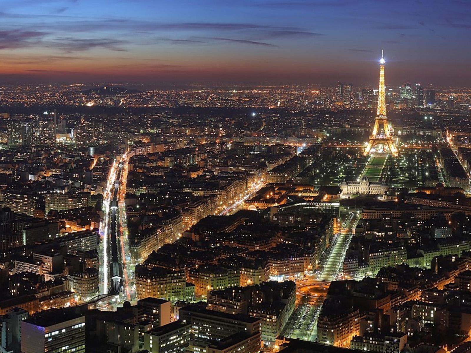 Paris At Night Wallpaper 16001200 131389 HD Wallpaper Res 1600x1200