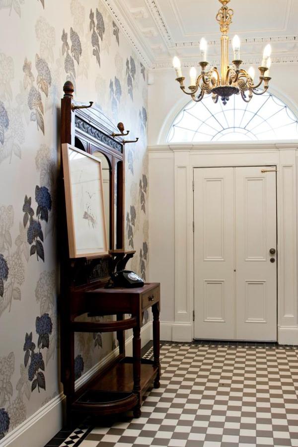Wallpaper Entryway Honeysuckle Life 600x900