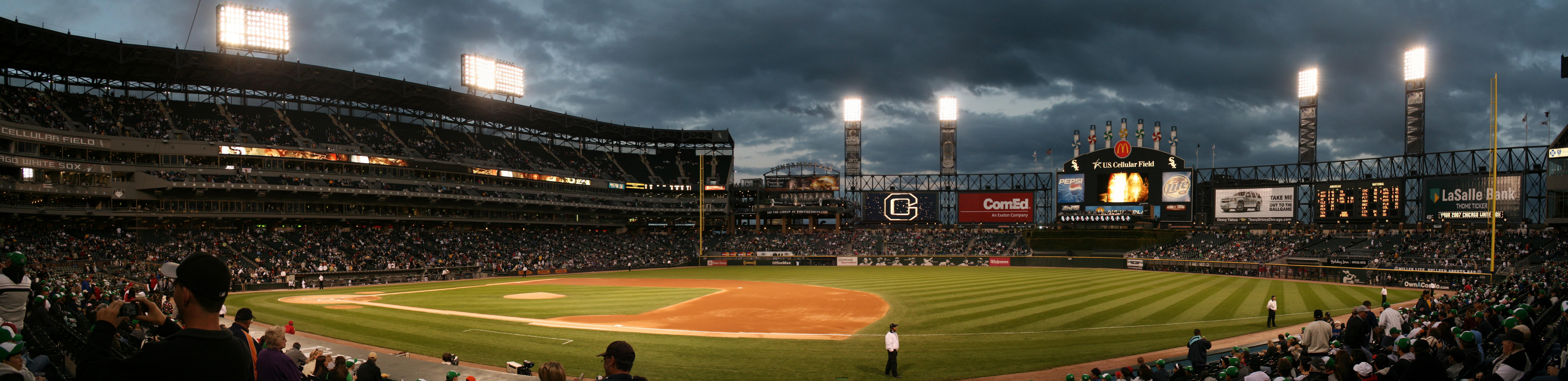 baseball stadium QTbv 9608x2334