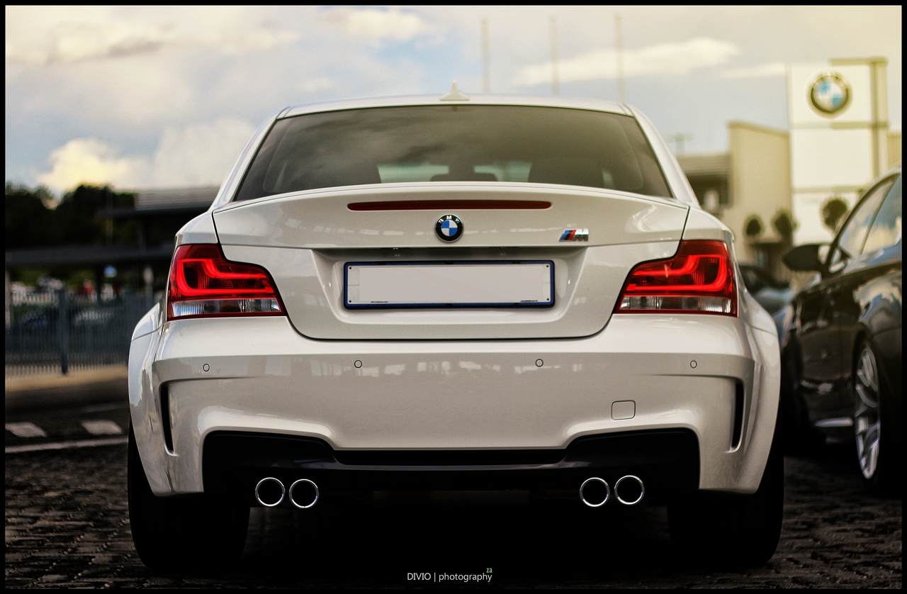 Beautiful BMW 1M Coupe Photoshoot Is Your Wallpaper Source 1280x838