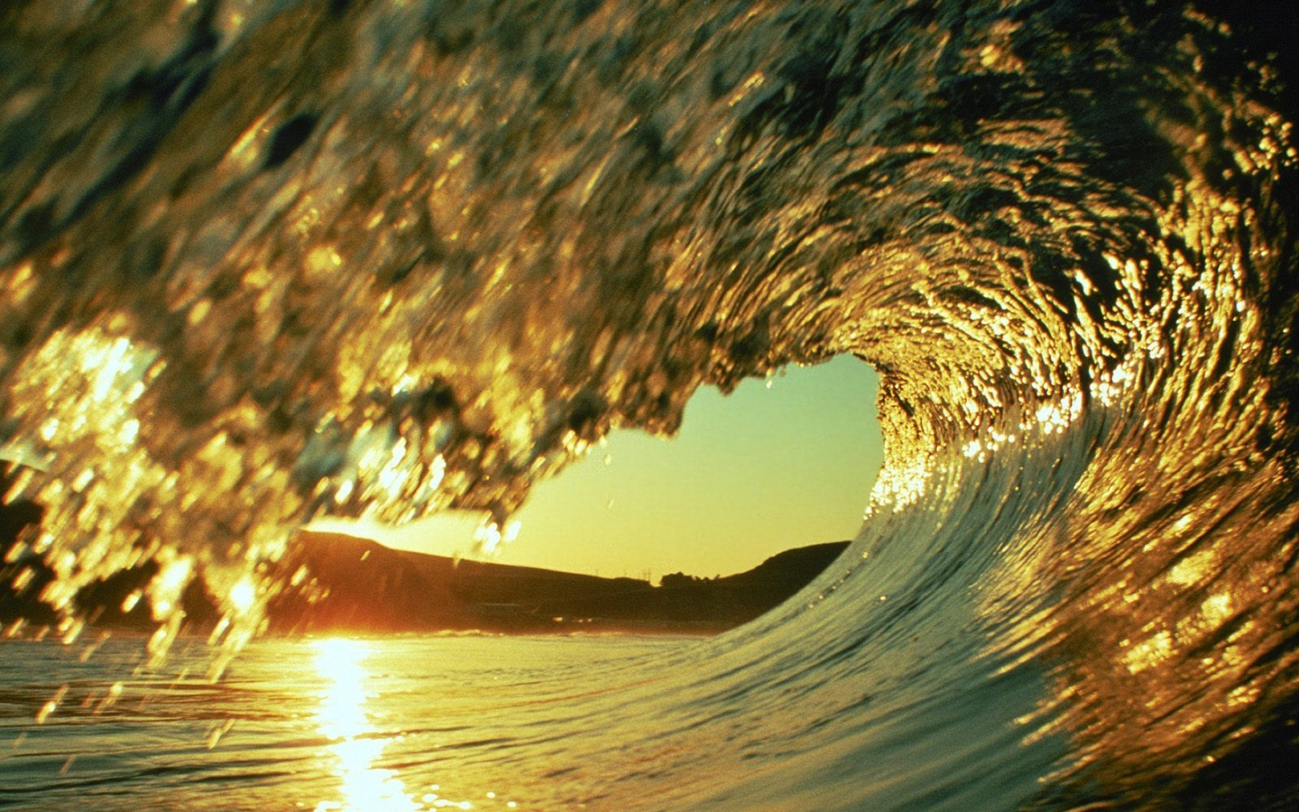 Clark Little Waves X 2606615 With Resolutions 25601600 Pixel 2560x1600