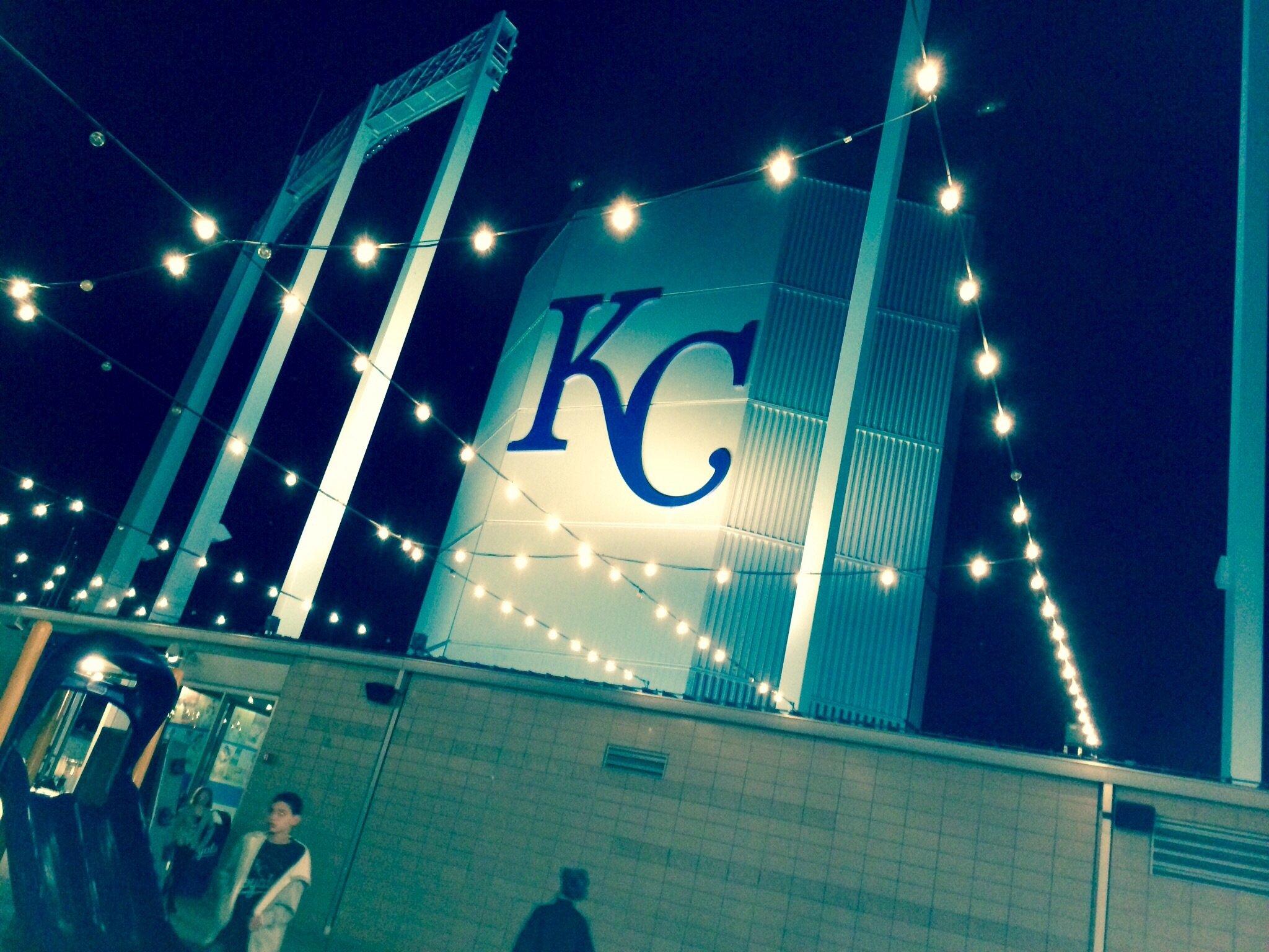 KC Royals wallpaper background 2048x1536