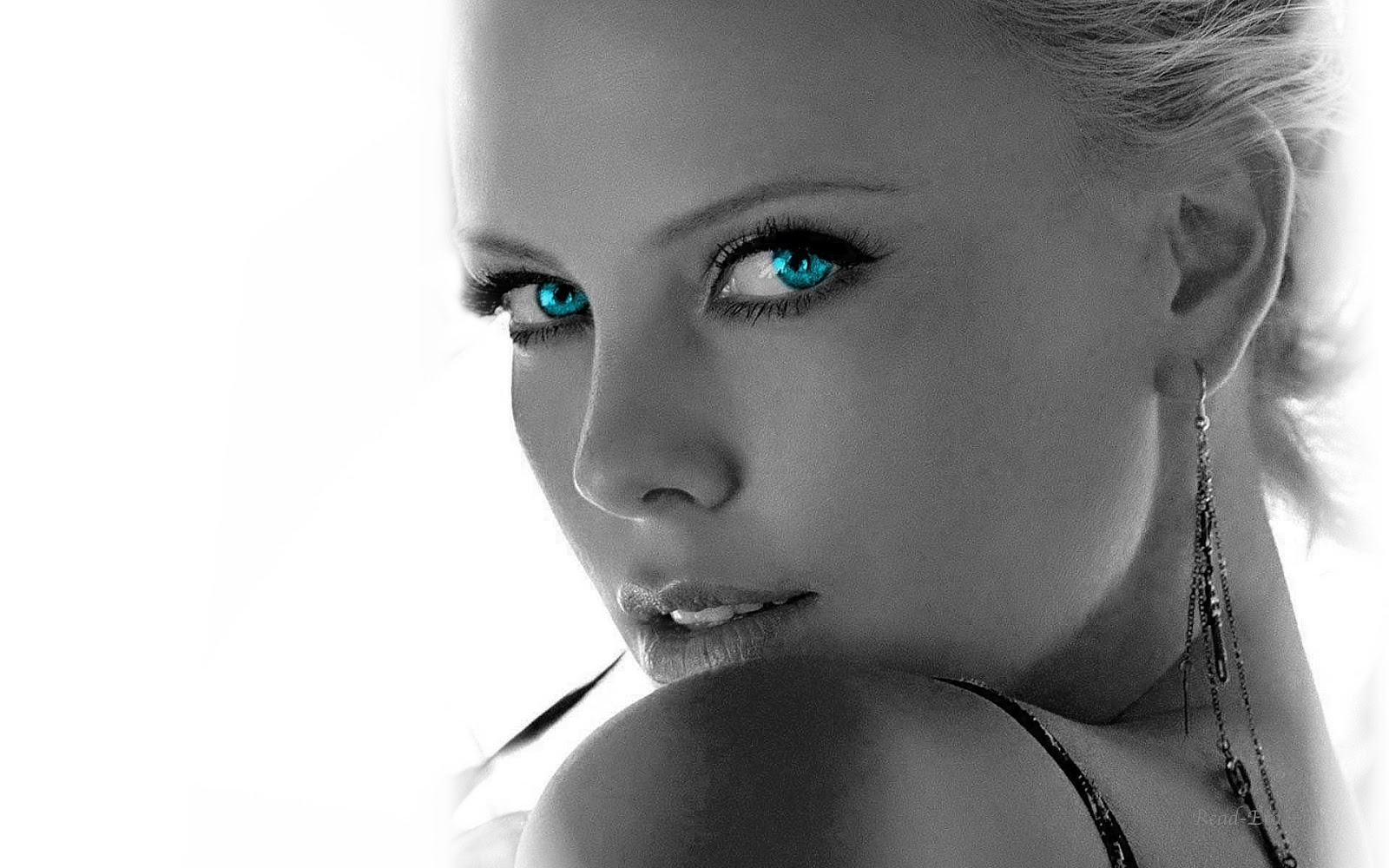 Beautiful Girls Blue Eyes Hd Wallpapers 2013 Latest Hd Wallpapers 1600x1000
