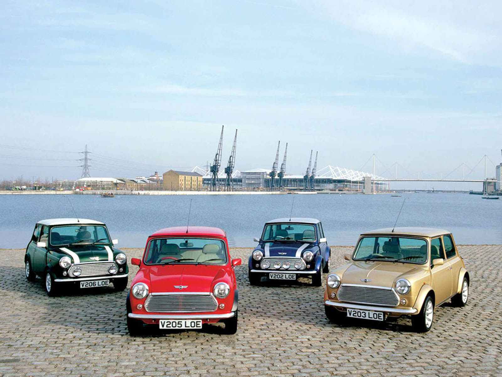 classic car wallpapers mini cooper classic car desktop wallpapers mini 1600x1200