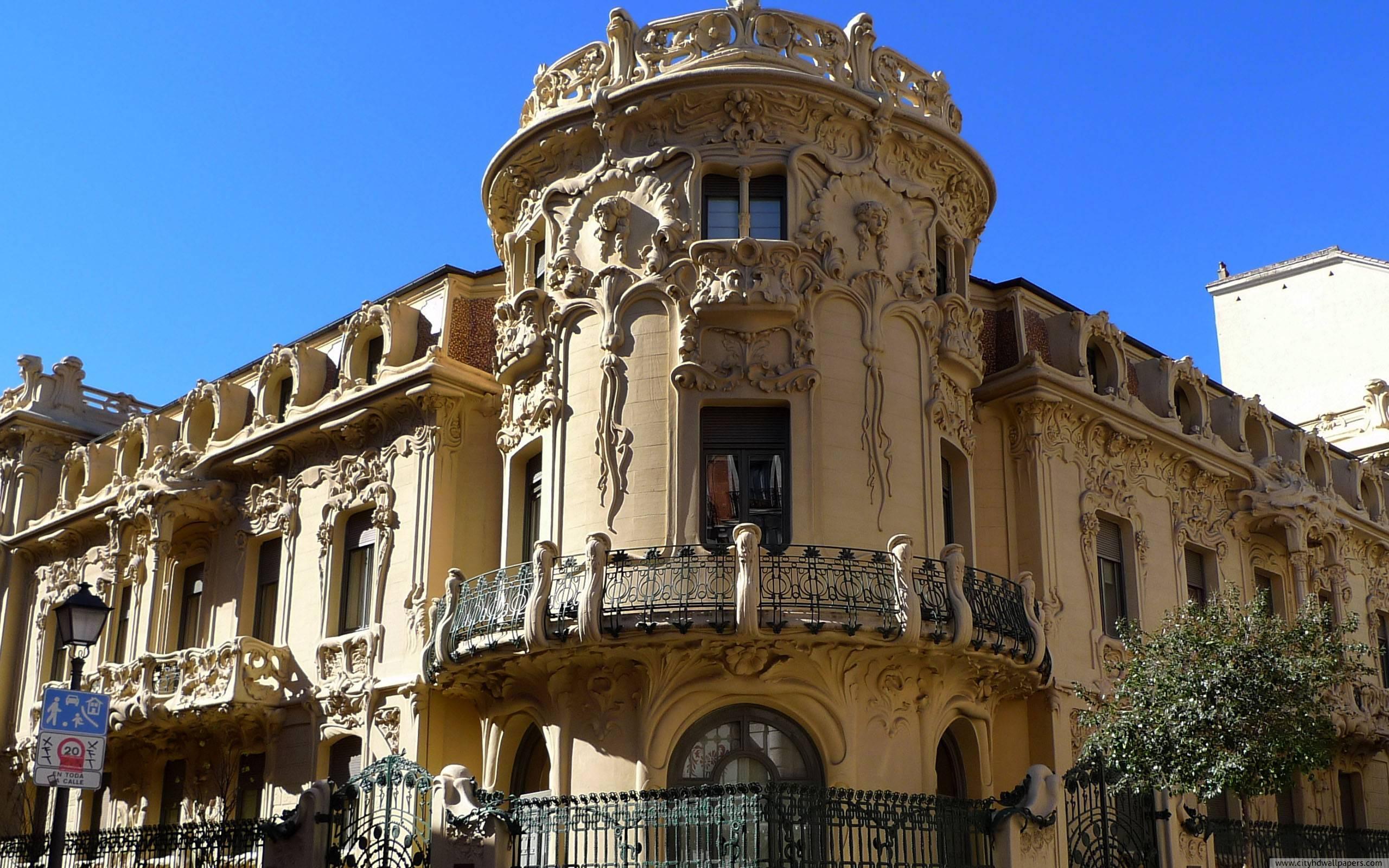 Gaudi building in Madrid city wallpaper 2560x1600