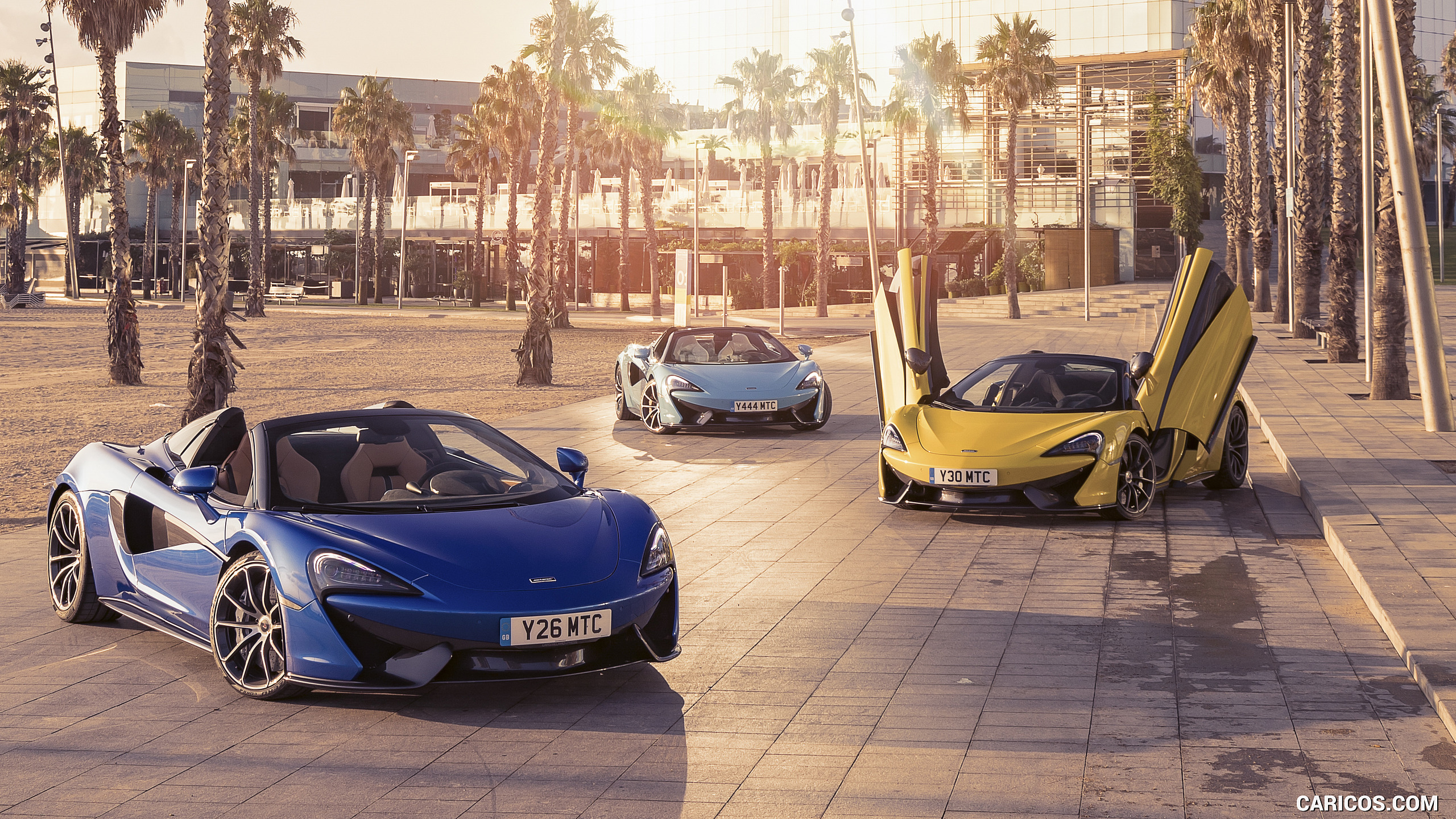 2018 McLaren 570S Spider HD Wallpaper 34 2560x1440
