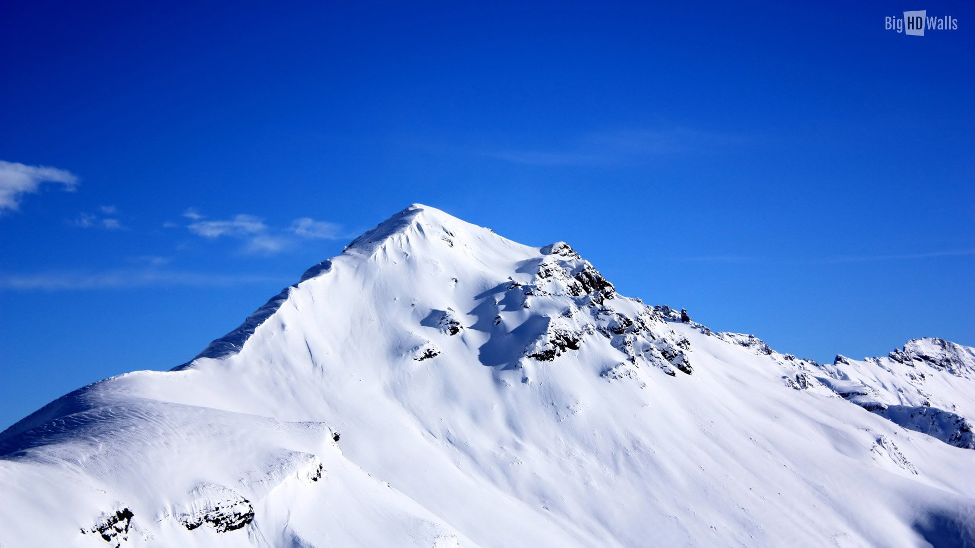Snow covered peak and beautiful blue sky Click on image to enlarge 1920x1080