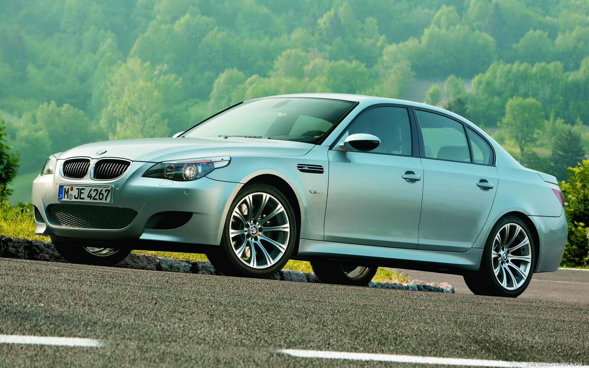 BMW M5 Sedan 2004 1920x1200 021 1920x1200