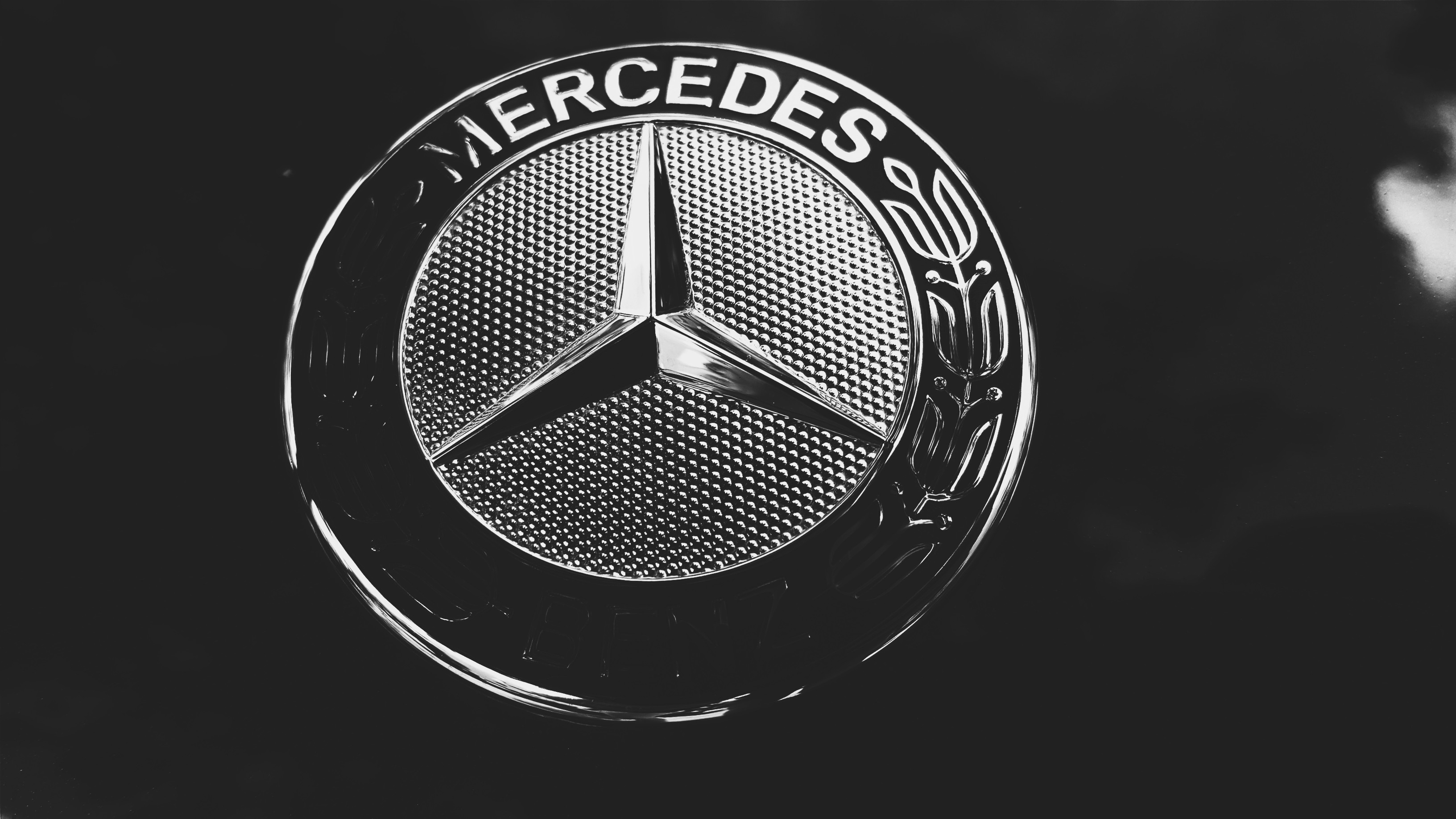 logo Mercedes Benz Wallpapers HD Desktop and Mobile 3264x1836