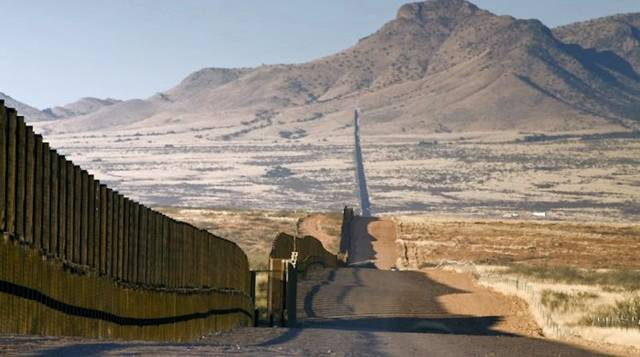 The border between USA and Mexico Inspirational Quotes Wallpaper 640x357