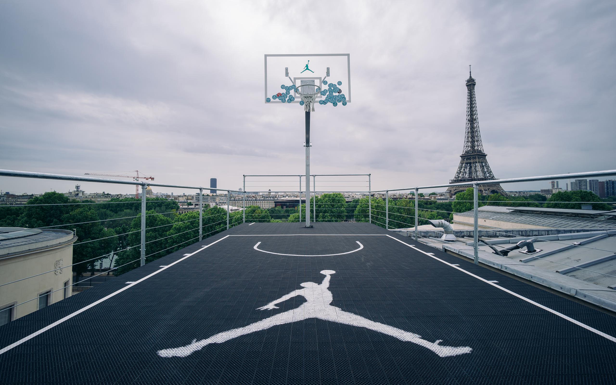 Download Basketball Court Wallpaper 2560x1600