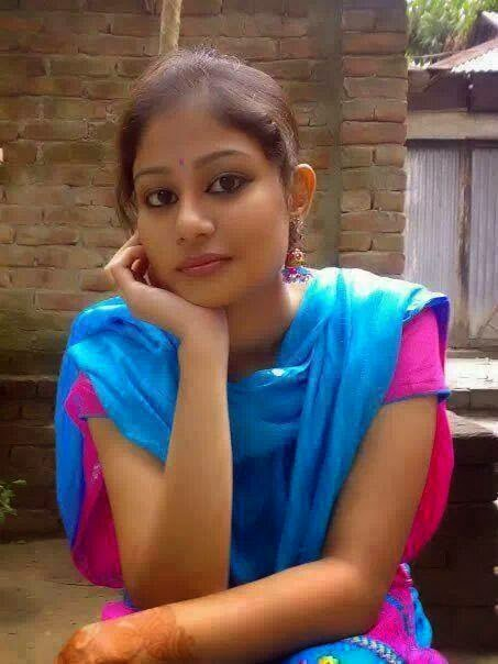 middle village lesbian personals Mallu housewives ass gallery photos of sexy middle aged mallu housewives  niqab covered desi village housewives & milf lesbian  monika das is best dating.