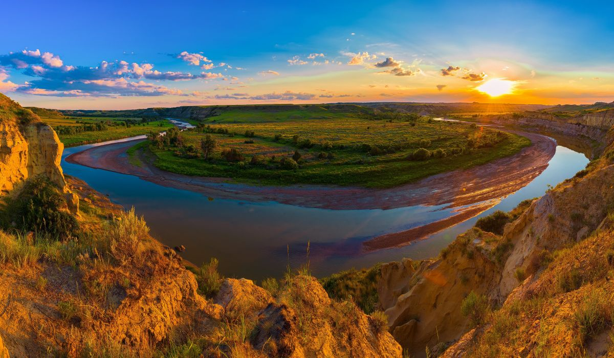 USA Parks Scenery Rivers Grasslands Sunrises and sunsets Clouds 1200x700