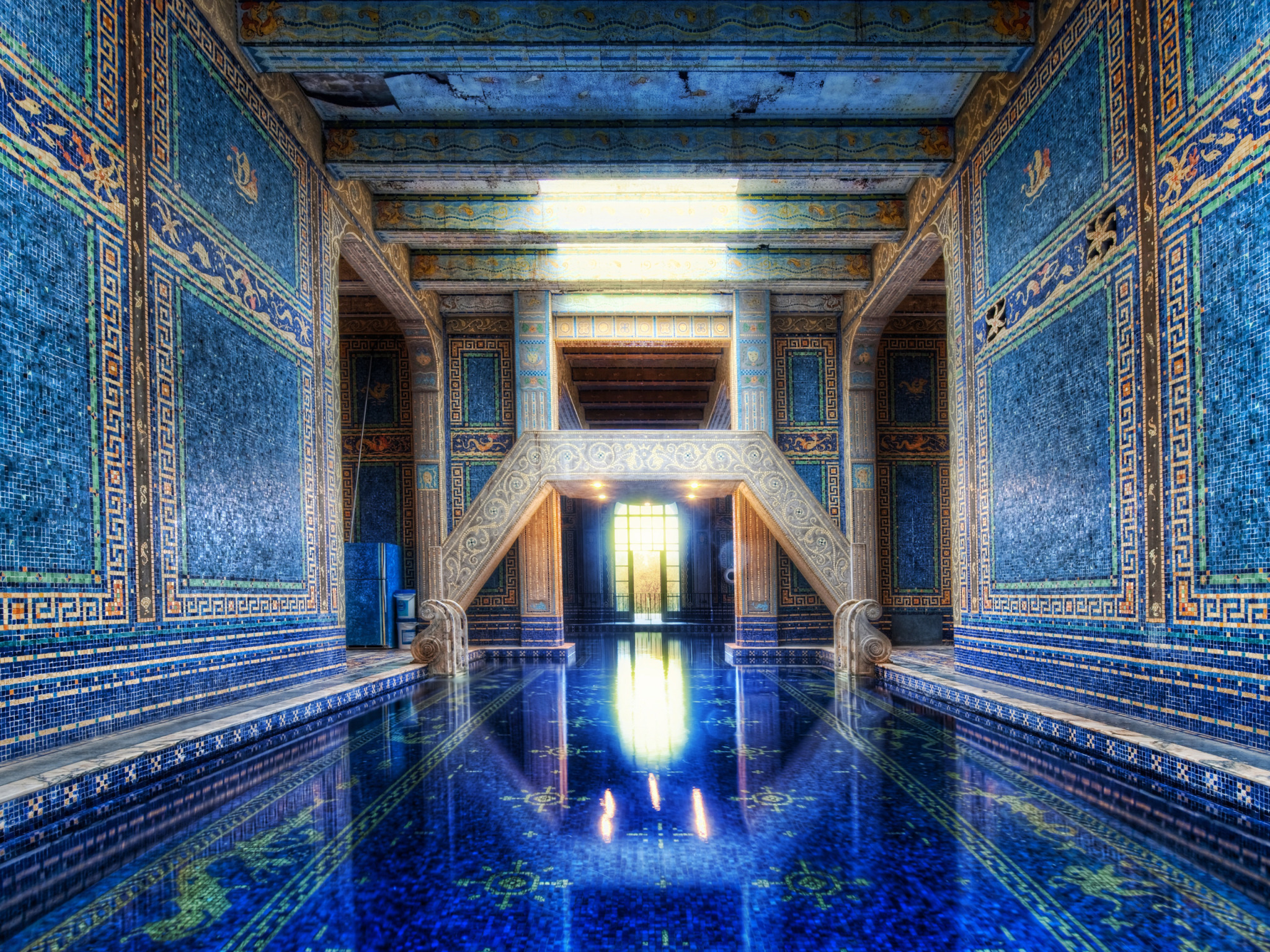 The Azure Blue Indoor Pool at Hearst Castle widescreen wallpaper 2048x1536