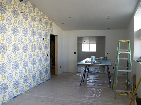 How to make a house with white walls and white tile beautiful Making 550x413