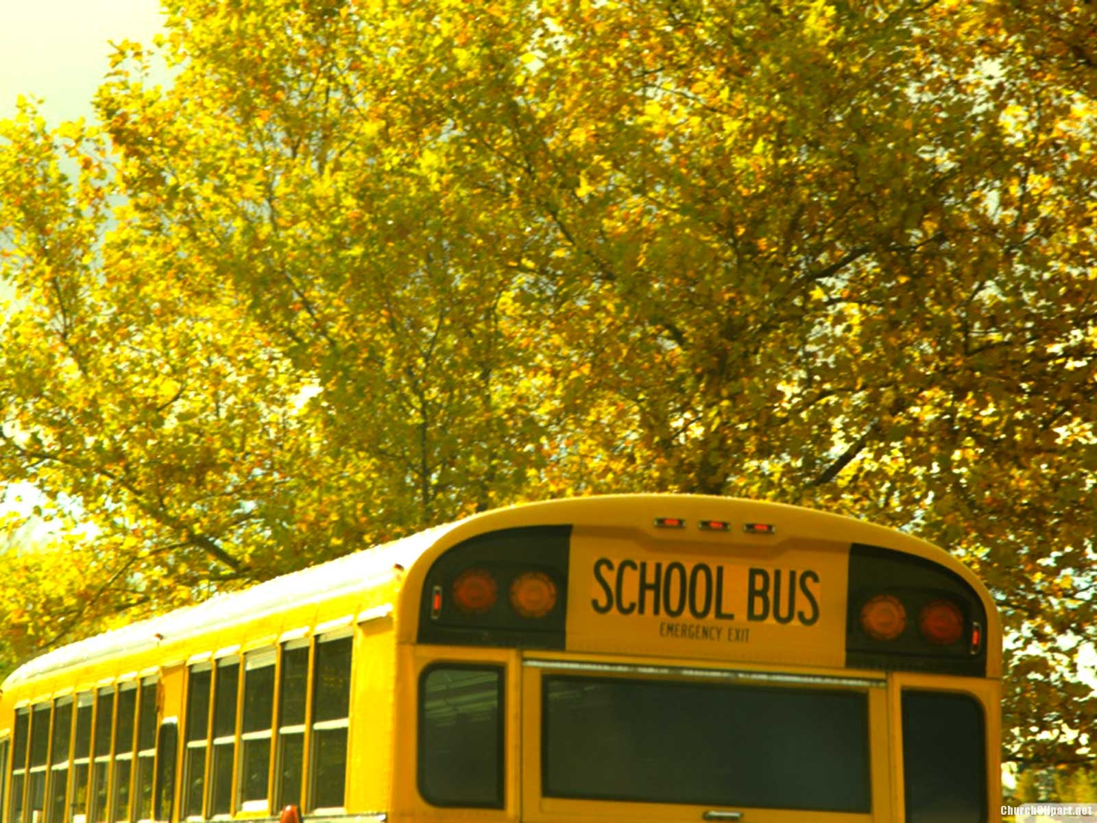 Vintage School Bus Background Church Clipart 1600x1200