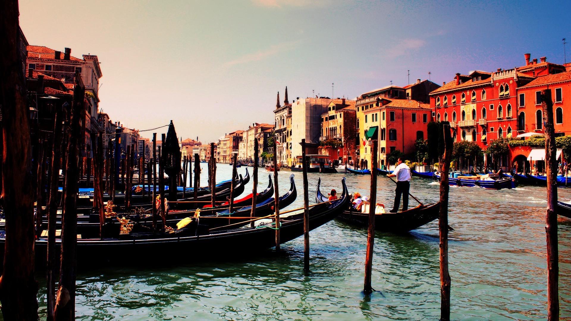 Venice Italy Gondola River   Stock Photos Images HD 1920x1080