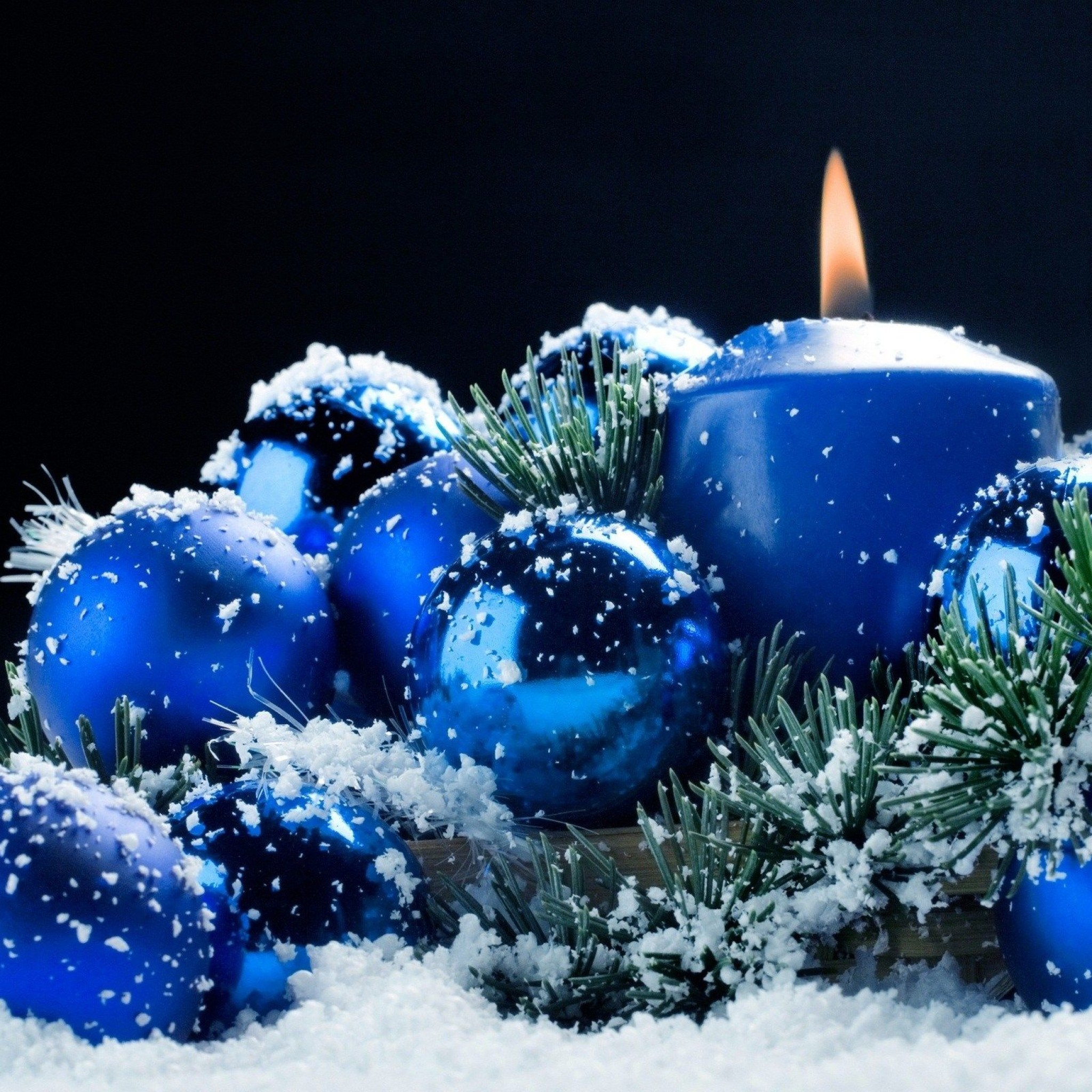 Blue Christmas Tree Wallpaper: Live Christmas Wallpaper For IPad