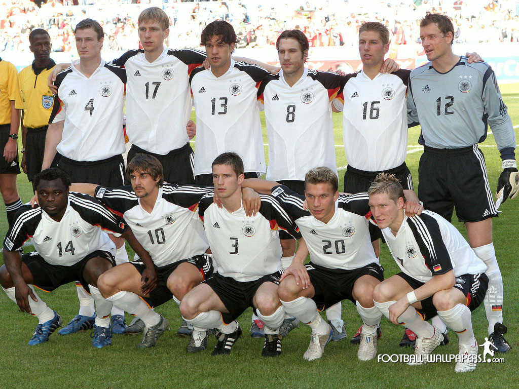 SOCCER PLAYERS WALLPAPER Germany Football Team World Cup 2010 1024x768
