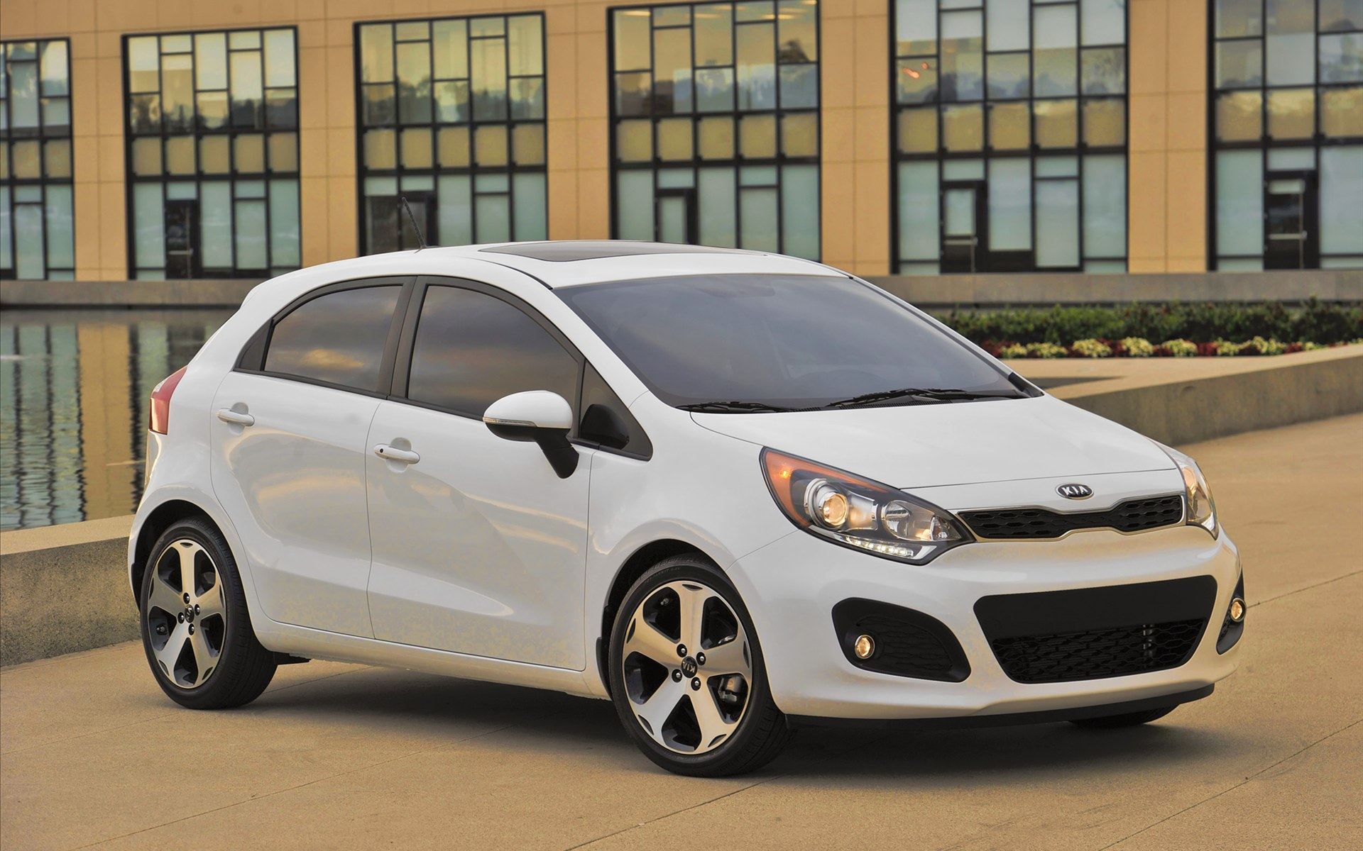 KIA RIO 5 2012 Wallpaper 6 Sense The Car 1920x1200