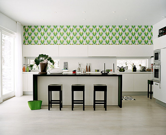 wallpaper Considerations to Choose Kitchen Wallpaper How to install 550x449