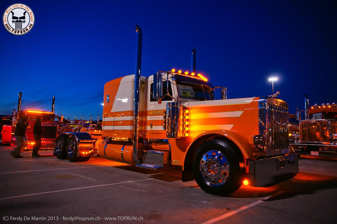 Custom Peterbilt Show Trucks 1280x853