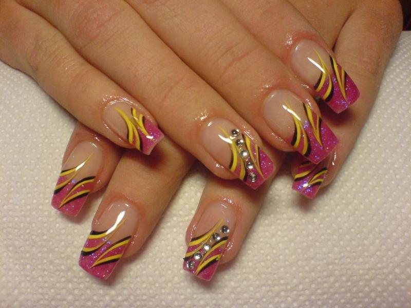 Multi Colored Nail Designs 800x600
