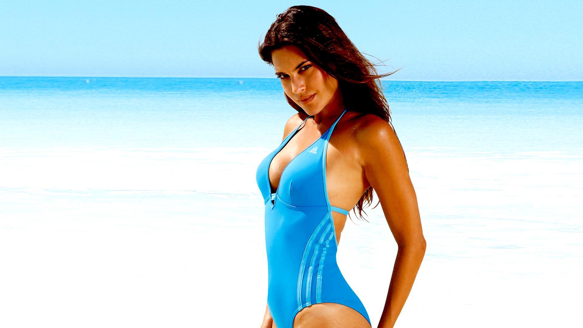 Hot Beach Girls Swimsuit HD Wallpaper HD Wallpaper Pc Wallpaper 1920x1080