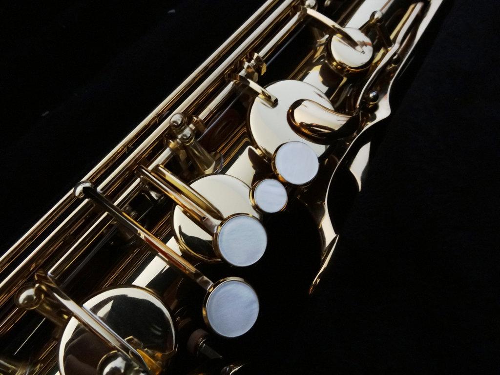 Pin Tenor Saxophone Wallpaper Musics 1024x768