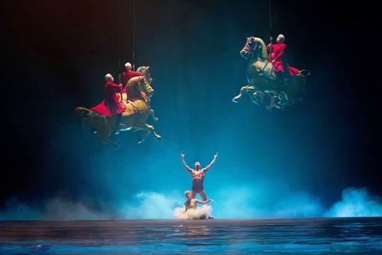 Cirque Du Soleil Worlds Away Wallpaper 3 550x367
