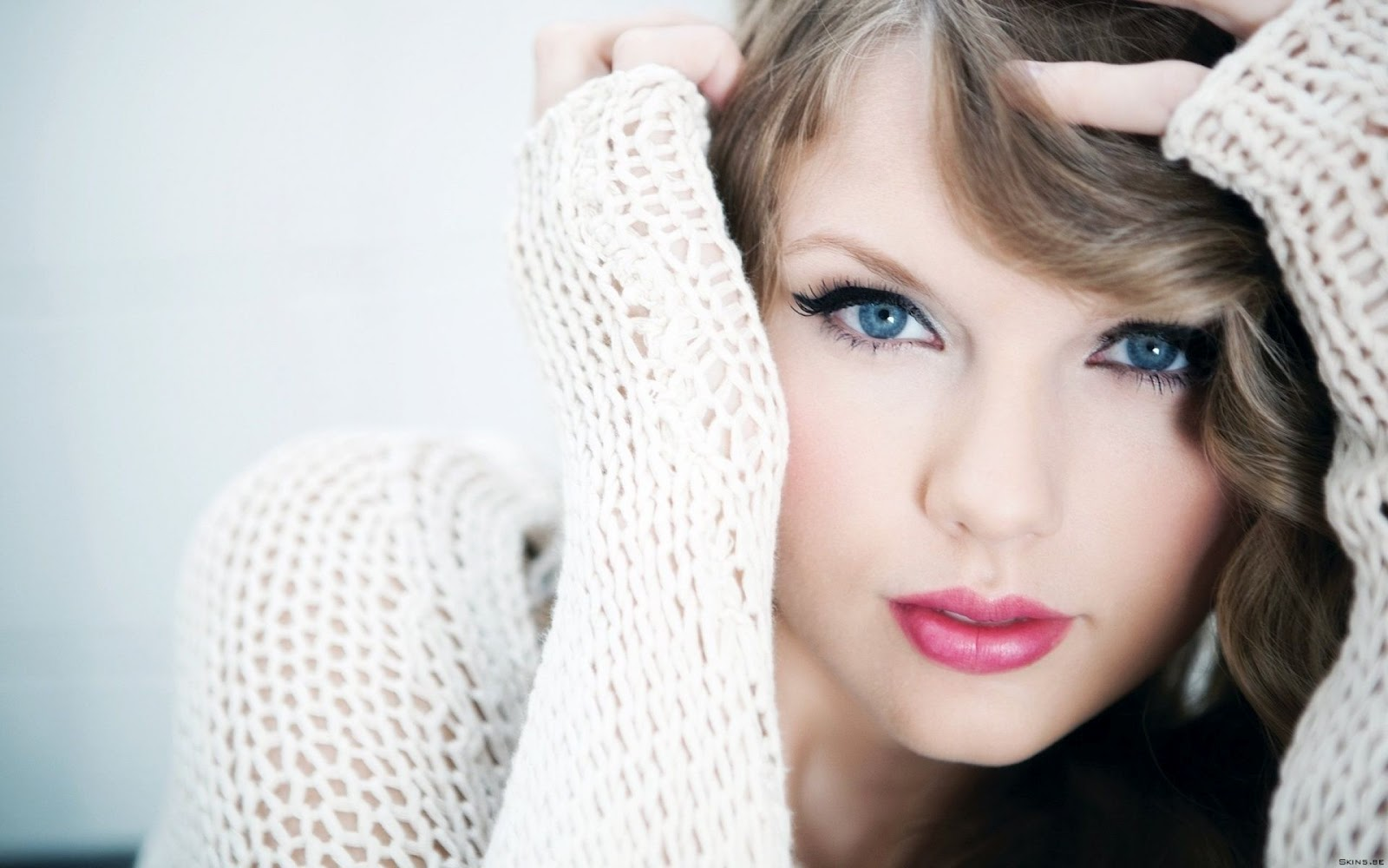 47 Most Beautiful Women Hd Wallpaper On Wallpapersafari