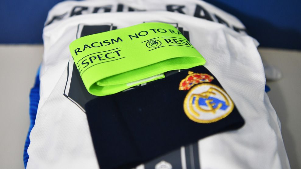 A close up view of Sergio Ramoss Real Madrid captains armband 988x556