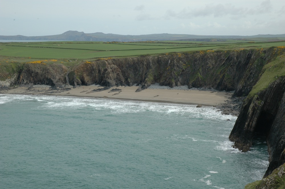 The Welsh Playas at the Pembrokeshire Coast National Park are second 1000x665