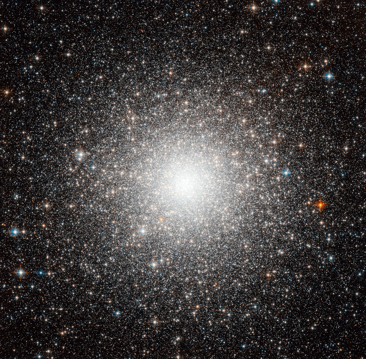 First globular cluster outside the Milky Way ESAHubble 1280x1255