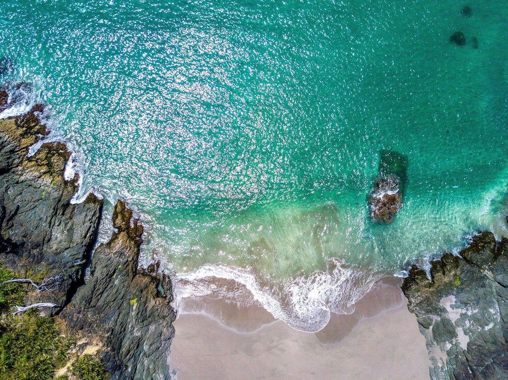 Green sea beach Aerial view wallpaper View wallpaper Aerial 1024x767