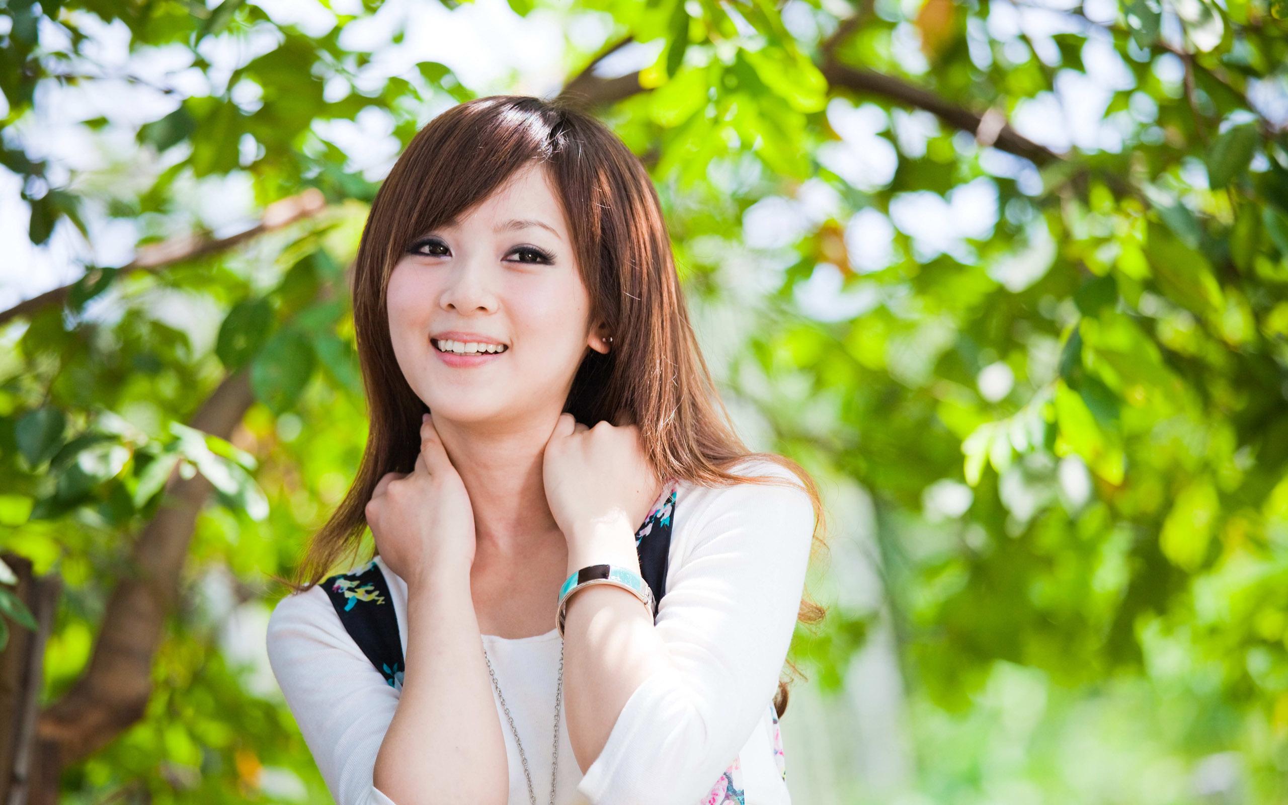 25 HD Mikako Zhang Wallpapers 2560x1600
